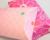 2 large pillow boxes with tags  - Pink Daisy in the Wind -