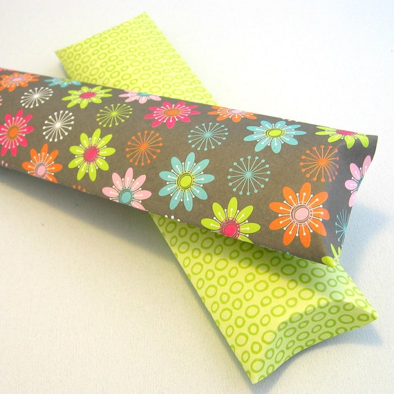 Pillow boxes with tags (set of 2 lanky)  - Flower in the Field  -