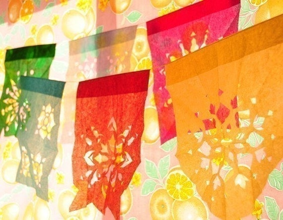 DE COLORES -M- (3-pk) Custom Color Papel Picado Banners