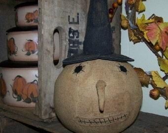 Prim Pumpkin Witch