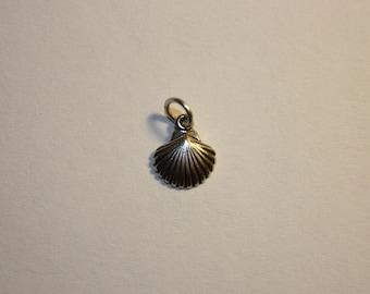 Sterling Silver Sea Shell Mini Charm