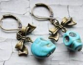 Día de los Muertos Turquiose Skull Earrings with Bow
