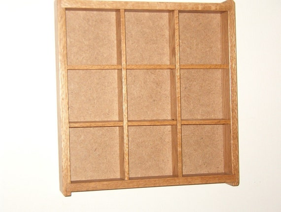 Shadow box - Display case   (A 9 )