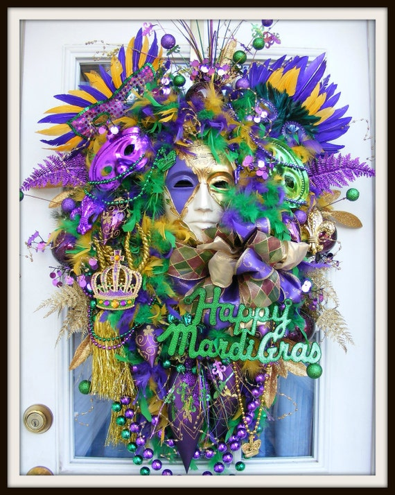 Mardi Gras Wreath Fat Tuesday Wreath Door Wreath Mardi Gras Decorations Mardi Gras Mask & Beads Front Door Wreath Mardi Gras Decor for Door