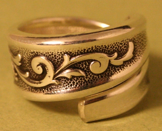 ESPERANTO 1967 custom handmade out of real silverware SPOON RING can be sized 6 - 14