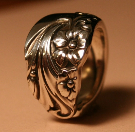 EVENING STAR 1950 made to your size spoon ring my personal favorite silverware pattern can be sized 5 - 16