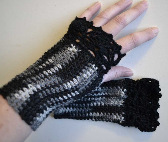 Grey and black crochet gloves with lace trim  F627