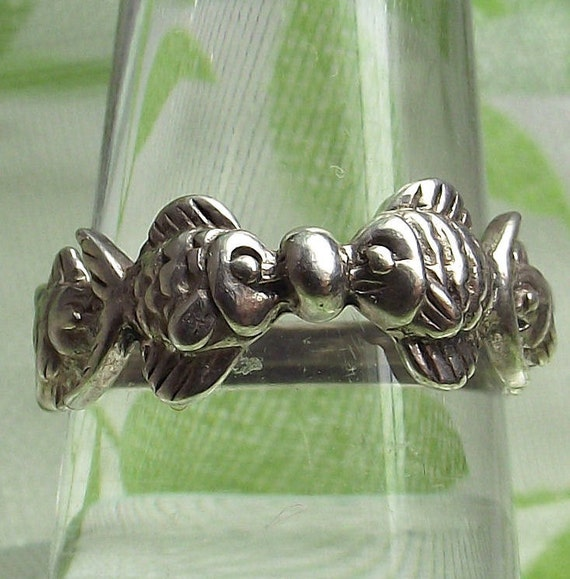 Vintage Sterling Silver Fish Ring Band - Size 6