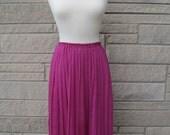 vintage fuschia and black polka dot skirt. FREE U.S. SHIPPING