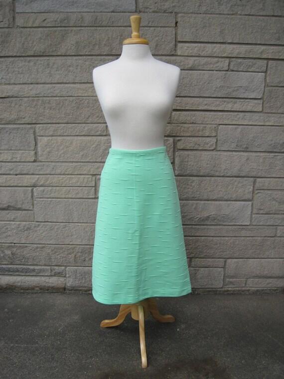 vintage 1960s mint green skirt. FREE U.S. SHIPPING