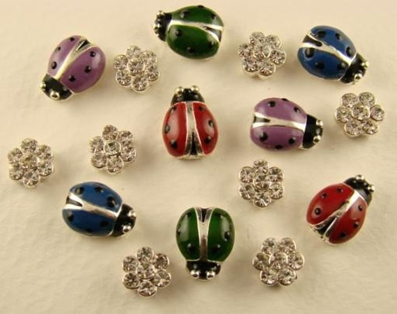 2 Hole Beads Elephant /& Daisy Lt Sapphire Crystal Made w//Swarovski Elements #8