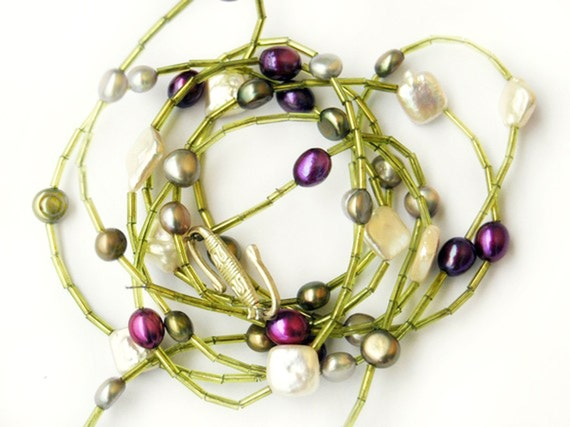 Spring Time II Necklace Freshwater pearls rocailles green lime pearls magenta purple