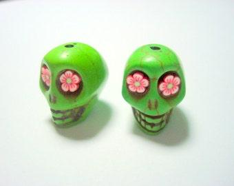 Red Flower Eyes in Green Howlite Skull Beads 18mm