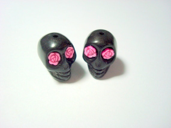 Pink Rosy Eyes in Black Day of The Dead Skull Beads