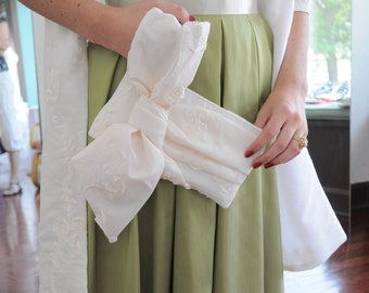 Matching Set of Shoulder Wrap and Clutch in embellished ivory, Formal Evening Wear, Ivory Bridal Wrap, Ivory Big Bow Clutch