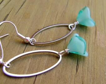 Green Flower Earrings, Flower Earrings, Dangle Earrings
