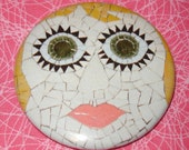 Big eyed girl Lola 2.25 inch magnet