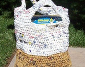 Recycled Plastic Bag market tote - white and tan