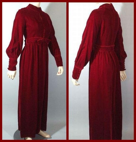 Red Velvet Vintage