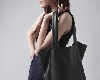 Black leather tote oversized