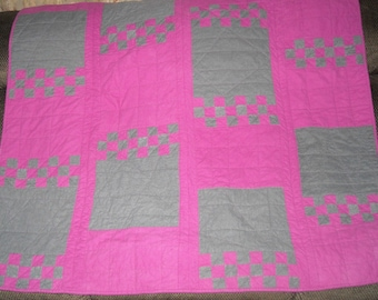 Fucshia/Gray Checkered Flannel Quilt with Butterflies
