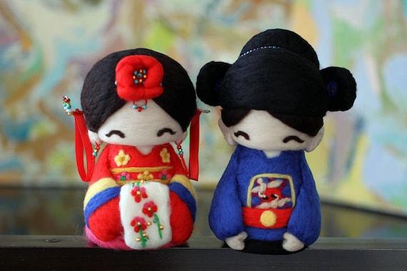Cutie Korean Hanbok Couple--wedding cake topper