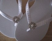 Deluxe So Sweet Bride Charlotte Pearl and Rhinestone Center Bridal Wedding  Flip Flops