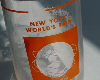 vintage souvenir glass ny worlds fair 1961/1965 MOD