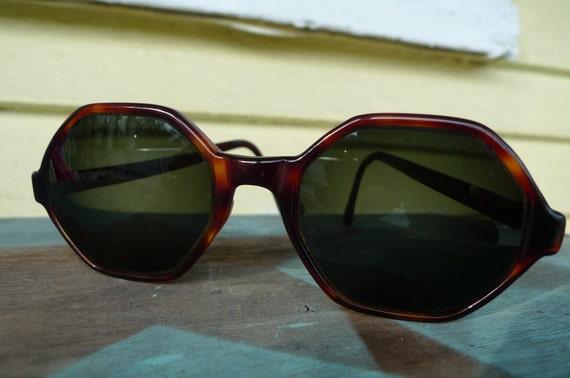 vintage sunglasses tortoise shell Zyloware eyeware 1950s