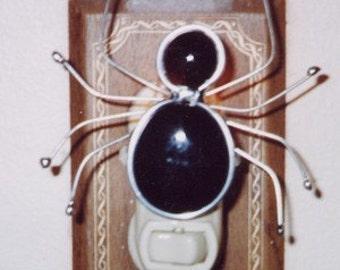 Spider Night light - Stained Glass Nightlight - Black Glass Nuggets and Wire Spider Night Light