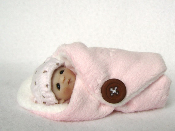 Cute as a Button OOAK Hande Sculpted Bundle Baby Girl in Pink