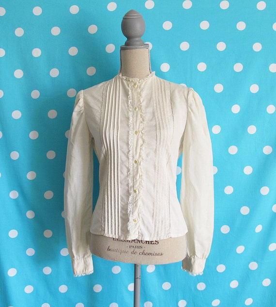 70s Bethany Cream Pin Tuck Lace Prairie Blouse, Size XS or SMALL