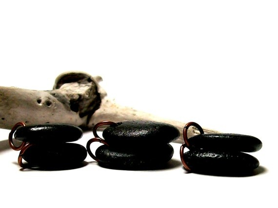 "River Rock Beach Stones Pairs Drilled Pebbles Dangle beads with Jewelry Making Rings ""Bronze"" by StoneMe"