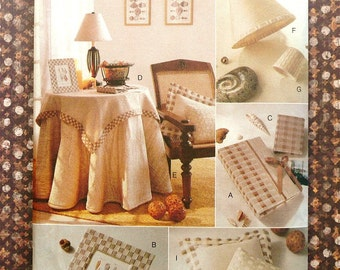 Woven Ribbon Accessories Pattern - Lampshades, Tablecloth, and Pillows - Vogue 9115