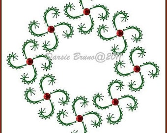 Swirly Christmas Wreath  Embroidery Pattern for Greeting Cards