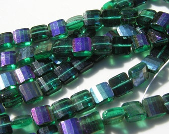 Teal green Marea Faceted Pillow Beads   25