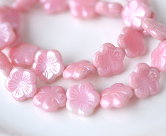 Pink Pearl Flat Daisy FLower Beads   8