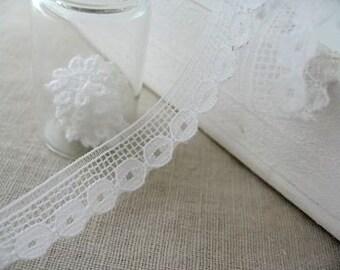 2M White Japanese Batten Lace
