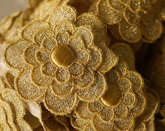 Vintage Gorgeous Layered Flower Link - Gold