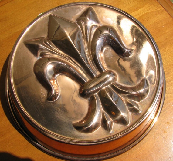 Vintage Copper Fleur De Lis Cake Pan By Whimsicalvintage