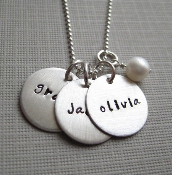 Personalized necklace - Hand stamped Jewelry - sterling silver / Keepsake mother necklace with a pearl