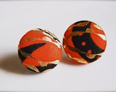 Monarch. Red fabric button earrings