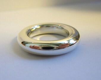 Super Big Round Ring