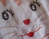 big bright eyed kitty towel