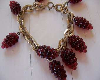 beautiful grape cluster bracelet