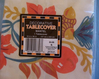 adorable vintage paper table cover
