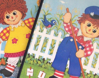 raggedy ann and raggedy andy wall hangings