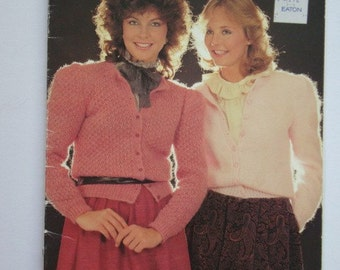 Pullovers and Sweaters PATTERNS Booklet by Patons Beehive No.445 Designs To Knit for Men Women and Children