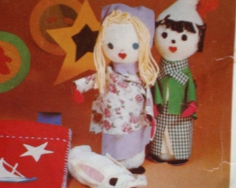 Fun-to-Make Crafts For Middlers UNCUT and SEALED Patterns for Mobile, Puppets, Bulletin Board and More