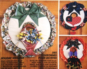 McCalls Crafts 5847 Holiday Wreaths Pattern. Halloween, Thanksgiving, Christmas, Valentine's Day, 4th of July. Heart & Sole. One Size. Uncut